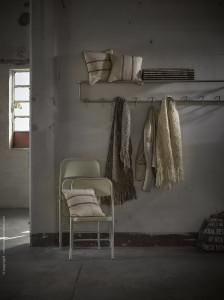 Nieve y luna cushions, Pashmina Guarmi ecru and grey with silk, El rancho rug