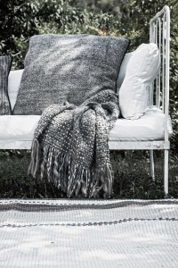 Barracan cushions, Pashmina Guarmi with silk, Chañar rug