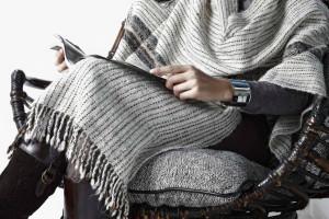 Mantle Portal striped, Barracan cushions